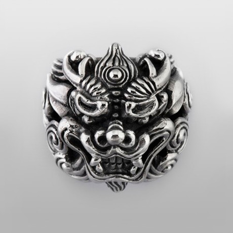 Lucky Lion // Sterling Silver (Size 8)