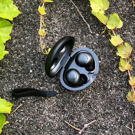 REVEL Truly Wireless Earbuds // Gun Metal
