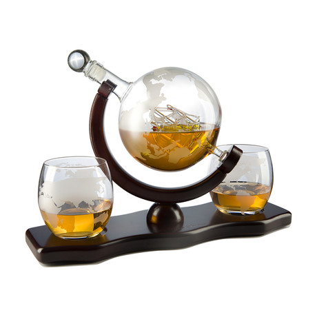 Globe Decanter // 2 Glasses + 2 Stones