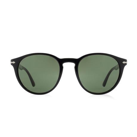 Classic Round Sunglasses // Black