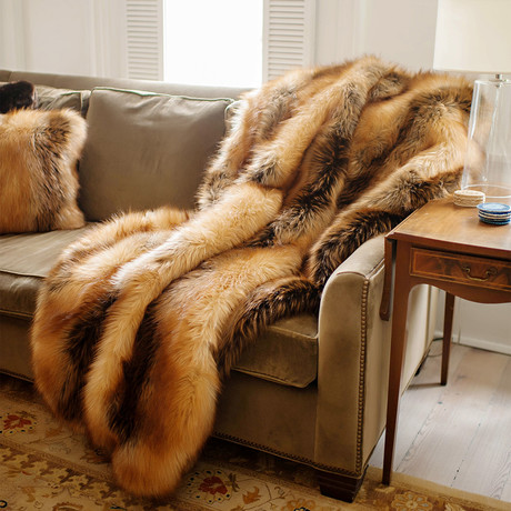 Limited Edition Faux Fur Throw // Red Fox