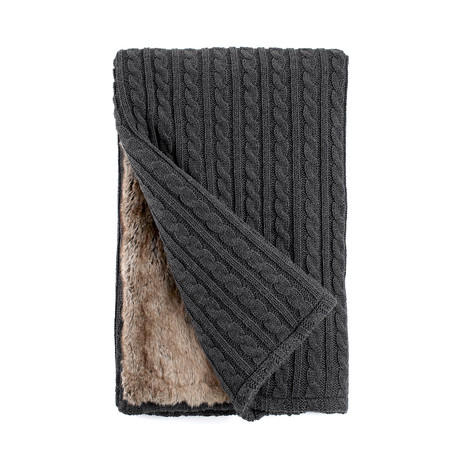 Cable Knit/Faux Fur Throw // Chinchilla-Grey