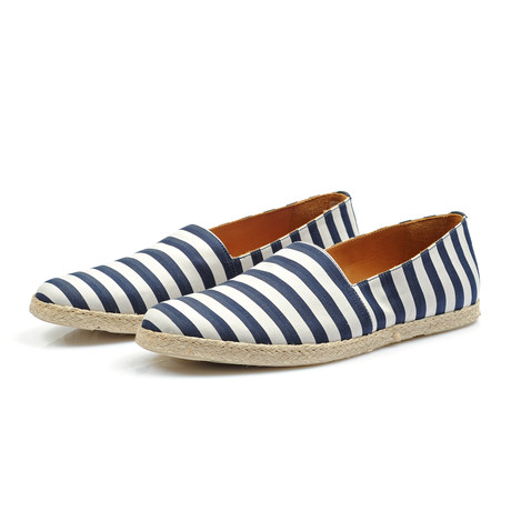 Dennis Shoe // Blue + White (Euro: 38)