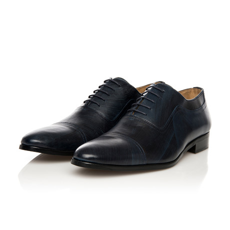 Lace-Up Oxford // Navy + Black (Euro: 39)