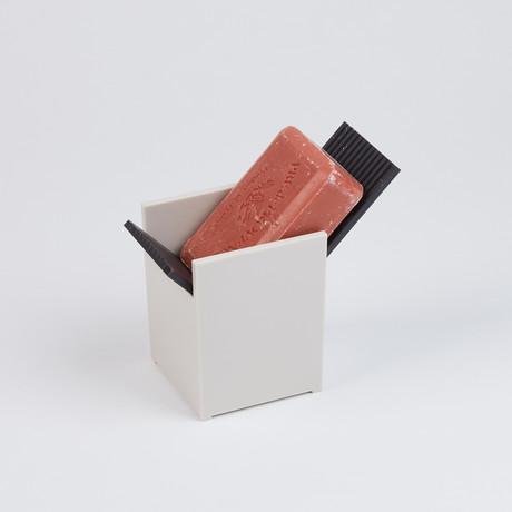 Santorini Soap Dish // Black