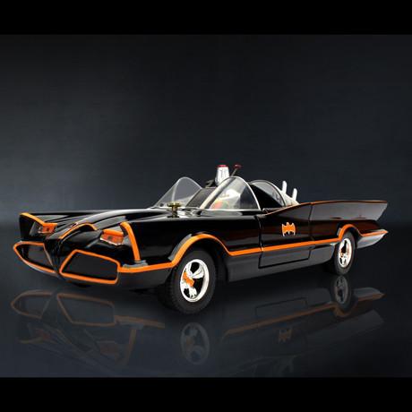 Batman 1966 // Batmobile 1:24 // Premium Display