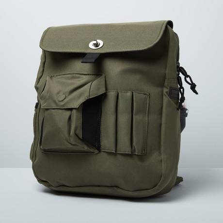 Man-PACK Classic 2.0 // Olive // Right Shoulder (No Add-on)