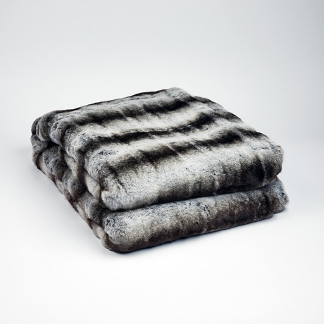 "Chinchilla Luxe Throw // Smokey Gray (50""L x 65""W)"