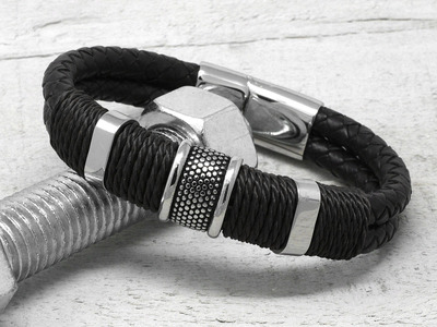 Woven_Braided_Leather_Bracelet_Black