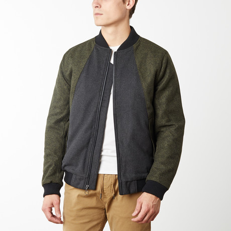 Como Contrast Panel Bomber // Olive (S)