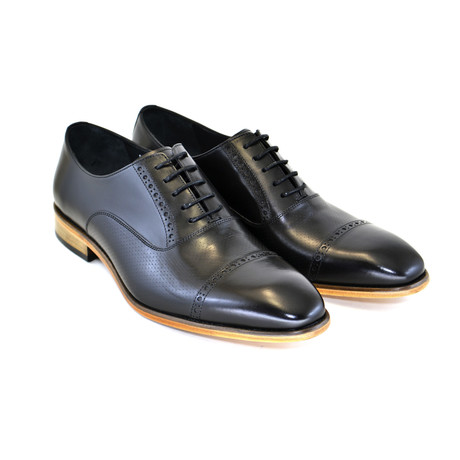 Cap Toe Lace Up // Black (US: 7)