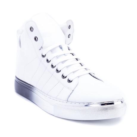 Bronson // White (US: 8)