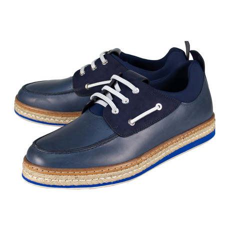 Salvatore Ferragamo // Fiano Leather Boat Shoes // Blue (US: 10)