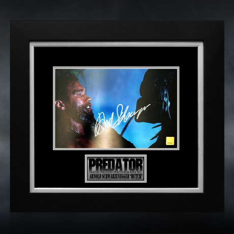 Predator // Arnold Schwarzenegger Signed Photo // Custom Frame