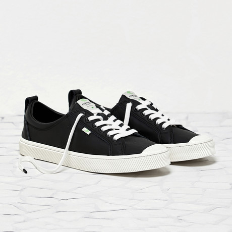 Oca Low Leather // Black (US: 8)