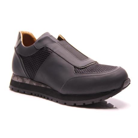 Sneaker Luxury // Matte Black (Euro: 39)