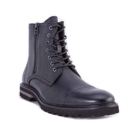 Gallow Boots // Black (US: 8)