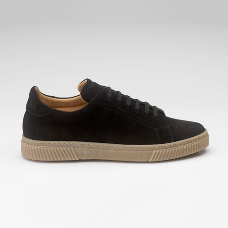 526 Suede Sneaker // Black (UK: 7)