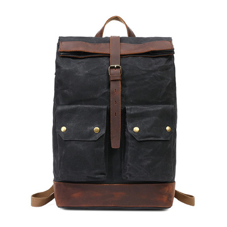 Single Buckle Backpack // Black