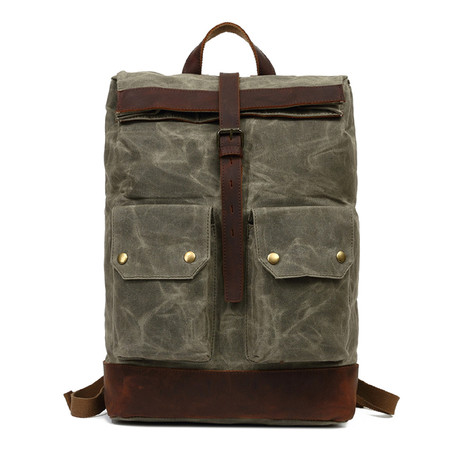 Single Buckle Backpack // Green
