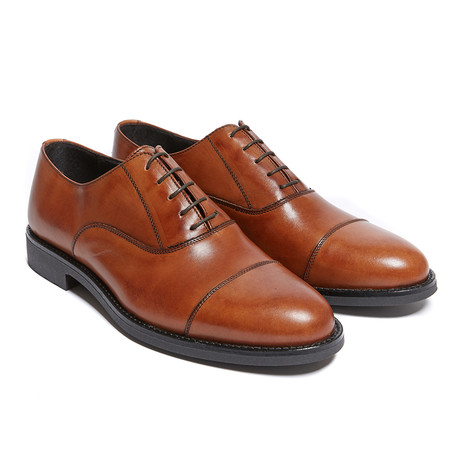 Nickolas Toe Cap Oxford // Brown (Euro: 40)