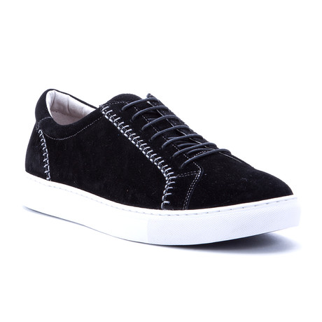Calle Sneakers // Black (US: 7)