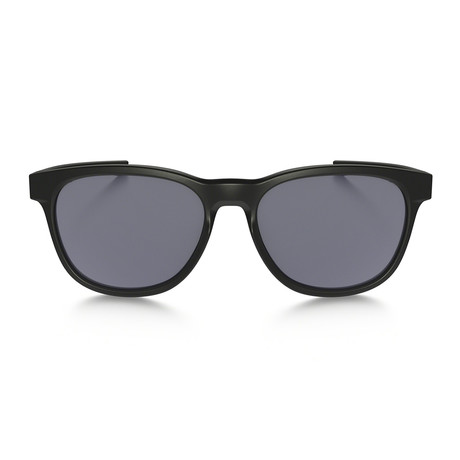 Oakley // Stringer Sunglasses // Matte Black + Gray