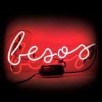 Besos // Neon Sign