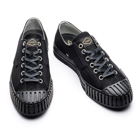 Stephen Low Lace Up Sneakers // Black (Euro: 39)