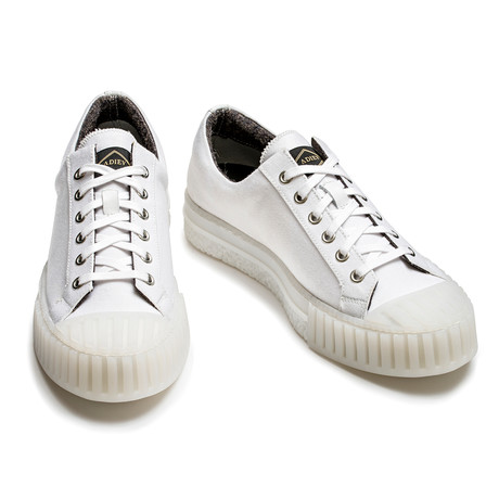 Theron Low Lace Up Sneakers // White (Euro: 39)