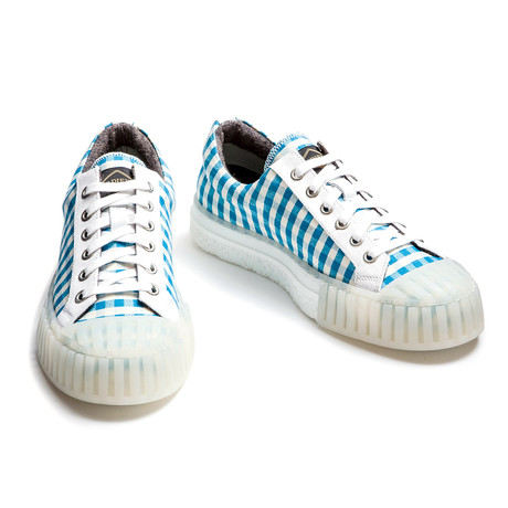 Austin Low Lace Up Sneakers // Vichy Blue (Euro: 39)