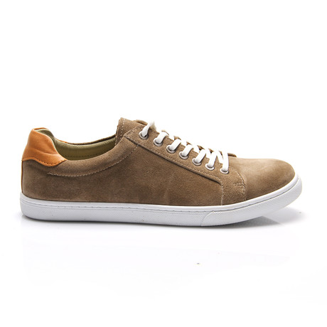 Jamel Sneaker // Sandy Suede (Euro: 40)