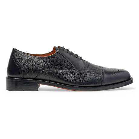 Woodstock Quarter Brogue Oxford // Black (US: 7)