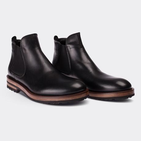 Nicolas Boots // Black (Euro: 38)