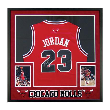 Signed Jersey // Michael Jordan