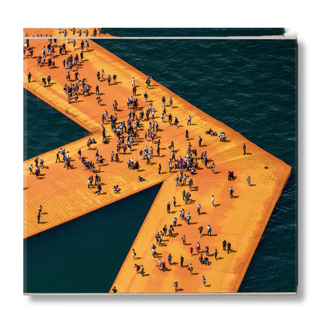 Christo + Jeanne-Claude // The Floating Piers