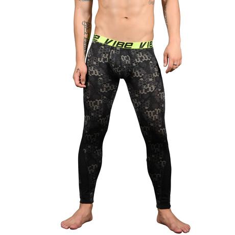 Vibe Tech Sports & Workout Legging w/ Mesh // Tech Print (XS)