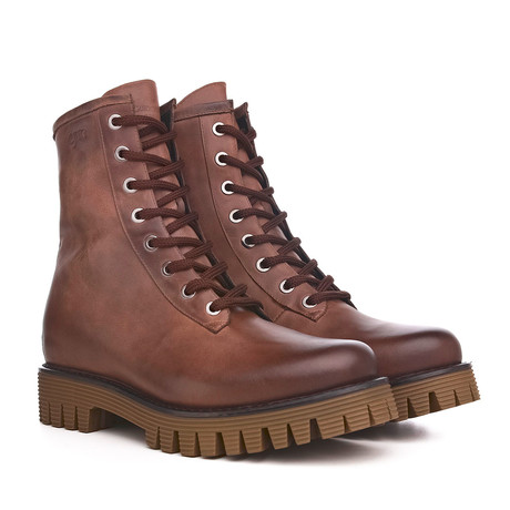Brentwood Shoe // Brown (US: 7)