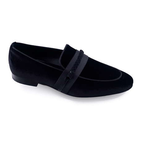 Own Shoe // Black (Euro: 40)