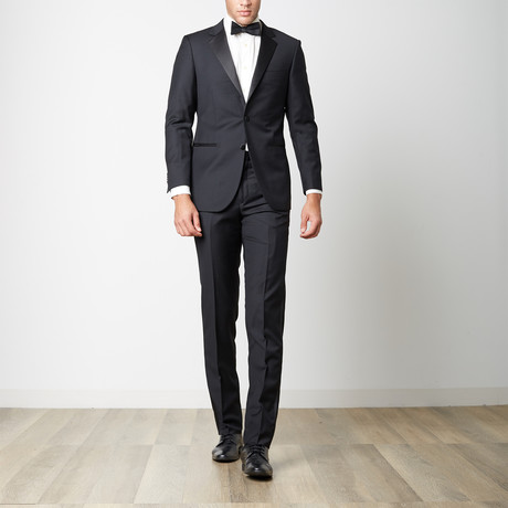 Paolo Lercara // Modern Fit Notch Lapel Tuxedo // Black (US: 36S)