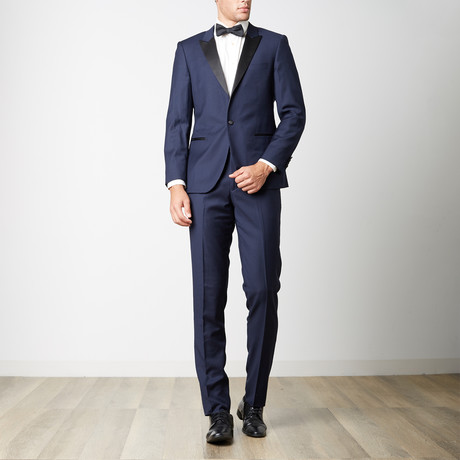 Bella Vita // Slim Fit Peak Lapel Tuxedo // Navy (US: 36S)