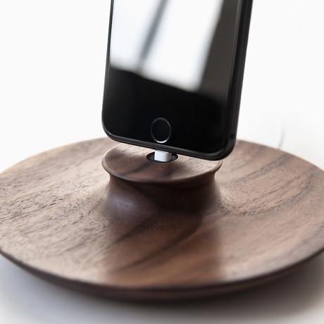 F2 Charging Stand // iPhone // Walnut