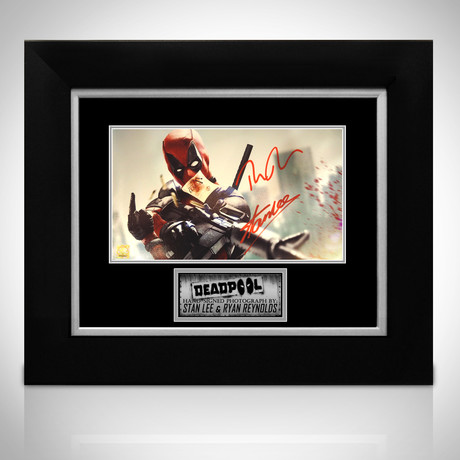 Deadpool Finger // Ryan Reynolds + Stan Lee Signed Photo // Custom Frame