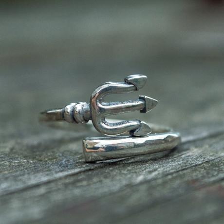 Trident Ring (6)