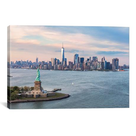"Statue Of Liberty, New York Harbor, Manhattan Skyline // Matteo Colombo (26""W x 18""H x 0.75""D)"