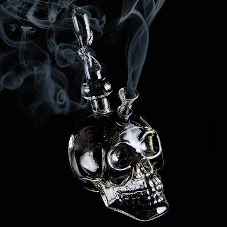 Crystal Skull Pipe // 8.25""