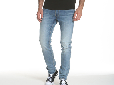 Photo of Vigoss USA Your New Favorite Jeans Keith 320 Skinny // American Blue (29WX32L) by Touch Of Modern