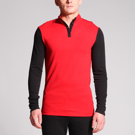 Luke 4-Button Mock Neck Top // Black + Red (S)