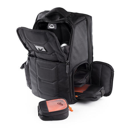 Jetsetter Tech Backpack 20L // Stealth + Bento Box Mini Case Bundle