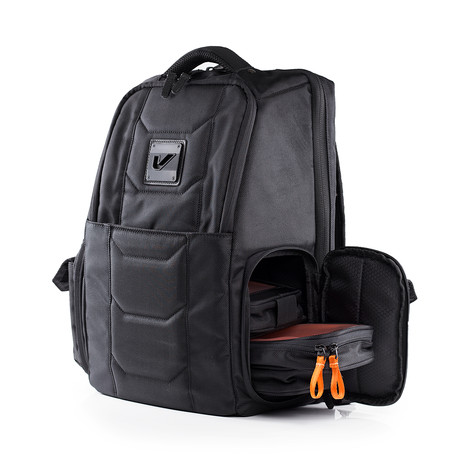 Jetsetter Tech Backpack 20L // Stealth (With Bento Box Mini Case Bundle)